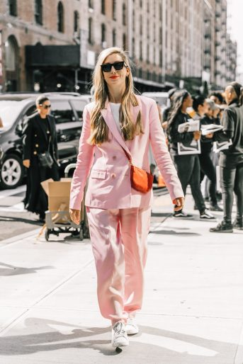 NYFW-SS18-New_York_Fashion_Week-Street_Style-Vogue-Collage_Vintage-256-3-1800x2700